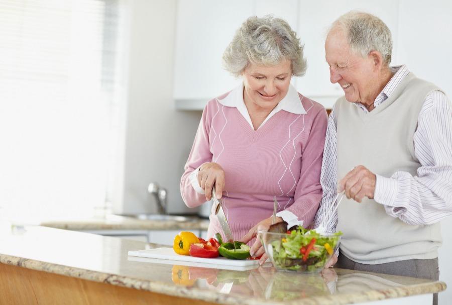 Jadikan Pasangan Anda Sebagai Teman Hidup