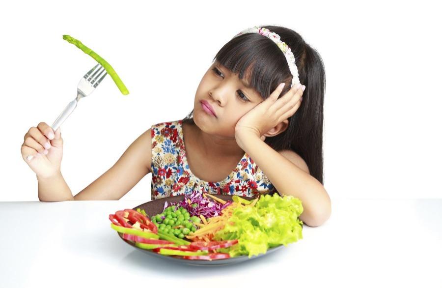 Kiat Jitu Menghadapi Anak yang Malas Makan